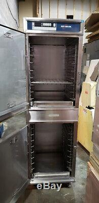 Alto Shaam Model COOK & HOLD oven 1200-TH/III 208-240 volt, 1PH 7200 Watts #1881