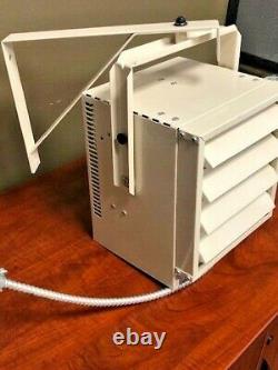 Dimplex CUH05B31T 5000-Watt Electric Compact Unit Heater, 240/208 Volt