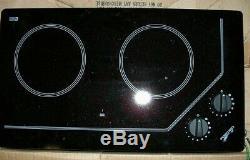 FORCE 10 CERAN Electric Cooktop 2 Burners, Black, 120 Volt, 1200 Watts, #75220