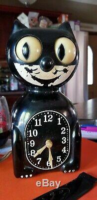 Original Black Kit Cat Klock Electric Allied 115Volts, 3Watts, 60cyc Vtg Clock